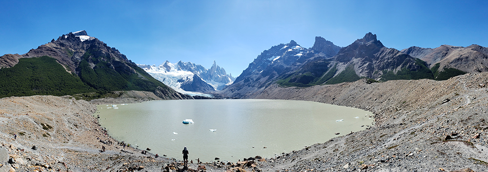 Panoramic picture of the lake and surrounding mountains
